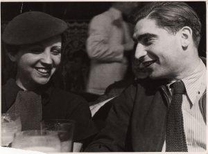 fred-stein-gerda-taro-y-robert-capa-en-paris-1935